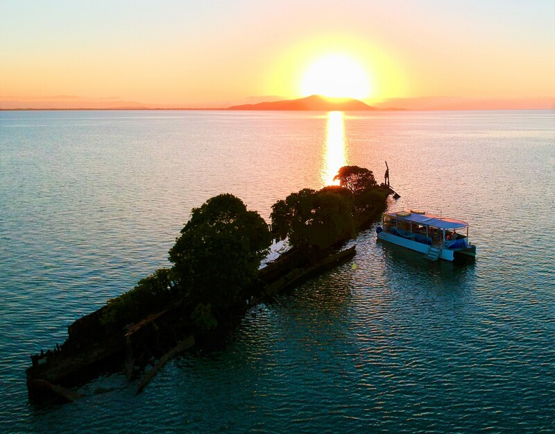 Aquascene Magnetic Island on a Sunset and Shipwreck tour